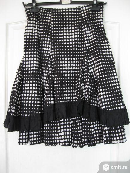 Продам черную юбку в белый горошек