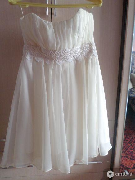 Платье на корсете. Фото 1.