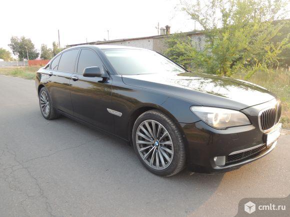 BMW 750 - 2009 г. в.. Фото 1.