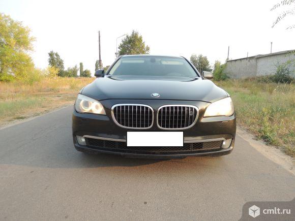 BMW 750 - 2009 г. в.. Фото 7.