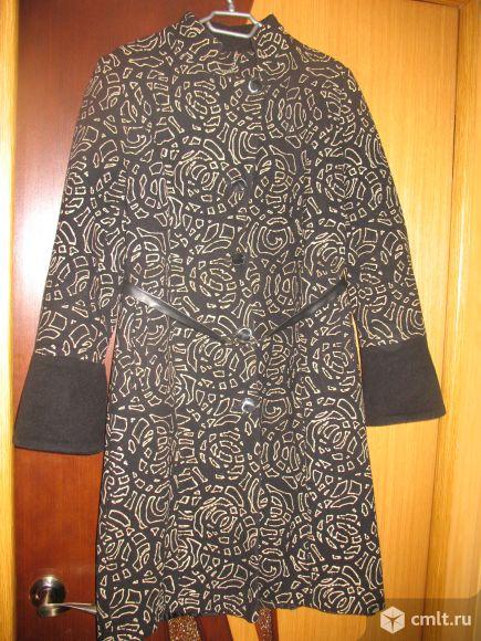 Зимнее пальто 46 размера обмен. Фото 1.