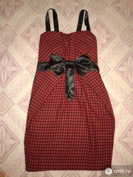 Эффектное платье-тюльпан с бантом р.42-44. Фото 1.