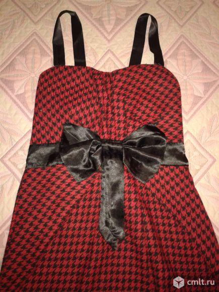 Эффектное платье-тюльпан с бантом р.42-44. Фото 2.