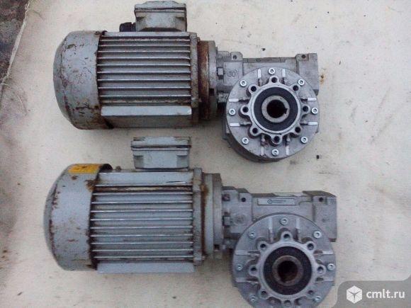 Мотор-редуктор7ЧМ 60-40. Фото 1.