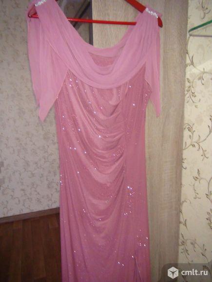 Продам очень красивое платье. Фото 1.