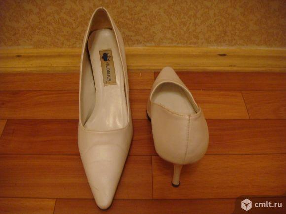 Туфли VIGOROUS. Фото 5.