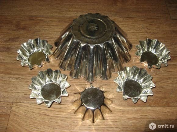 Жестяные формы для выпекания кексов, куличей