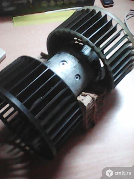 Вентилятор печки салона БМВ,Е-36. Фото 1.
