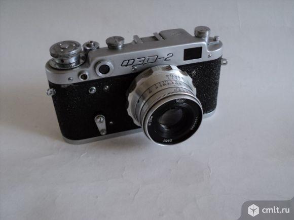 Фотоаппарат пленочный ФЭД-2. Фото 1.