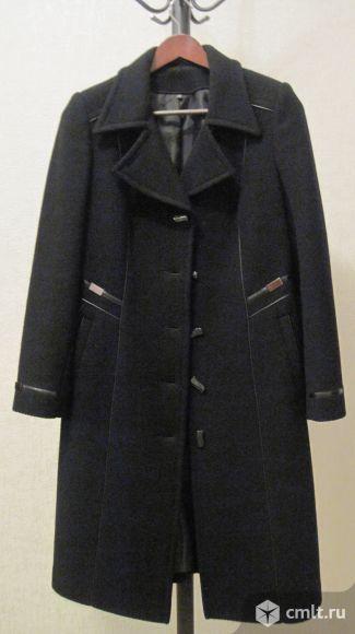 Пальто демисезонное новое, р. 46-48, цв. черный, 1 тыс. р. Фото 1.