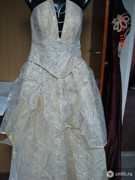 Продам платье для торжеств