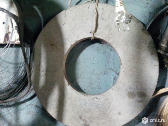 Круг шлифовочный произведен в ссср. Фото 1.