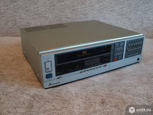 Видеомагнитофон Mitsubishi