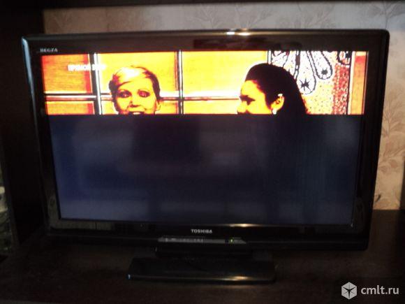 Телевизор ж/к Toshiba. Фото 1.