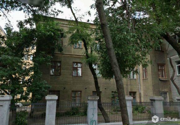 Продам здание напротив Петровского Пассажа 450 кв.м.