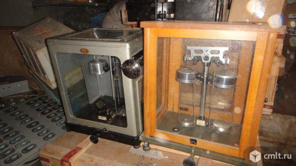 Лабораторные приборы. Фото 8.
