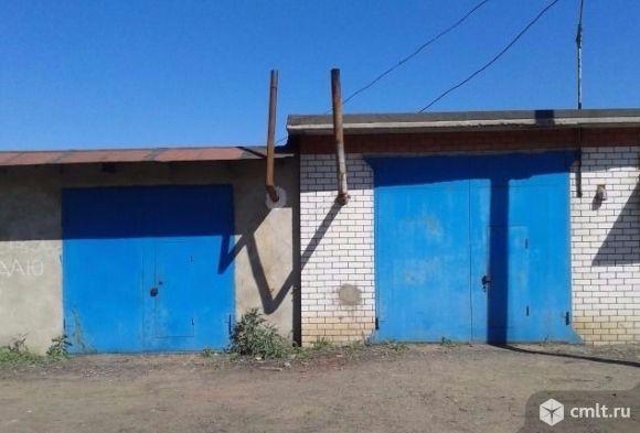 Продам  гараж под газель,.Размер  8х6 метров