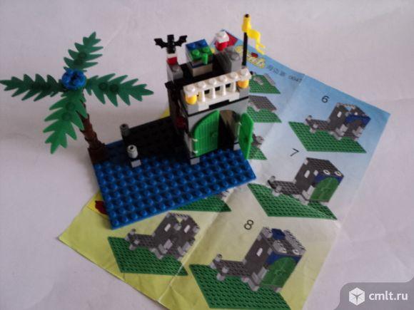 Пиратский форт. Конструктор типа Лего. Фото 1.