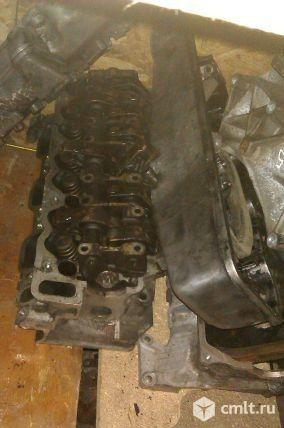 Головки двигателя мерседес Е240 112 мотор. Фото 1.