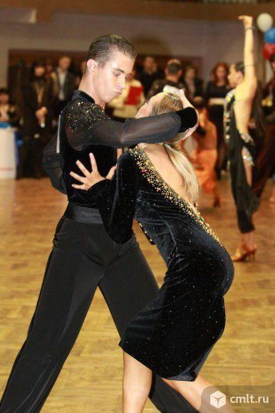 Платье для танцев спортивно-бальных