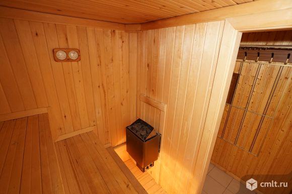 4-комнатная двухуровневая квартира 200 кв.м в коттедже