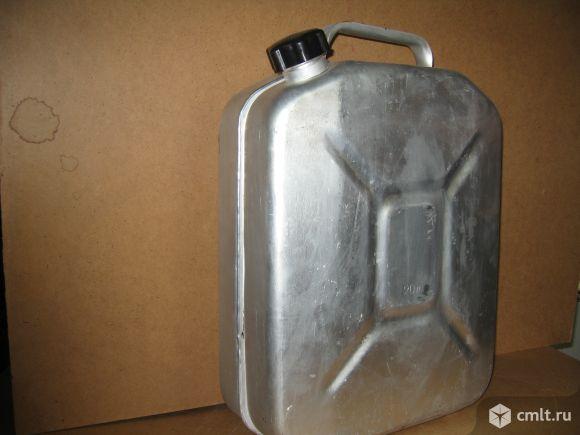 Канистра алюминивая. Фото 1.