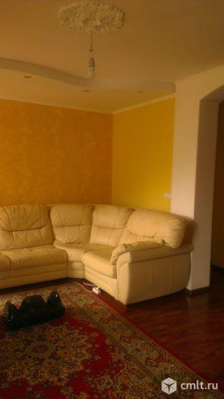 Зал-гостинная в свободной планировке,. гипсокартон, лепнина. потолок. штукатурка.