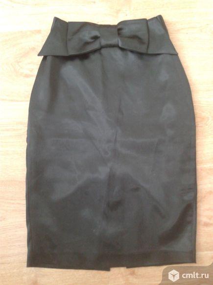 Юбка атласная черная. Фото 1.