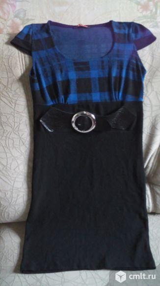 Трикотажное платье. Фото 3.