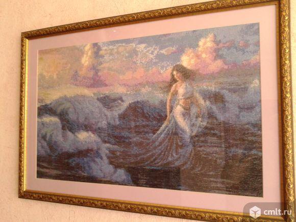 Картина вышитая крестиком в раме. Фото 1.