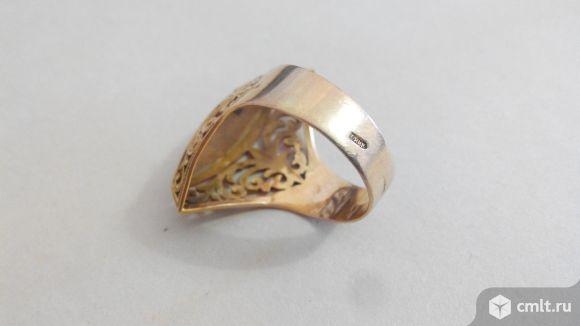 Золотой перстень женский. Фото 5.