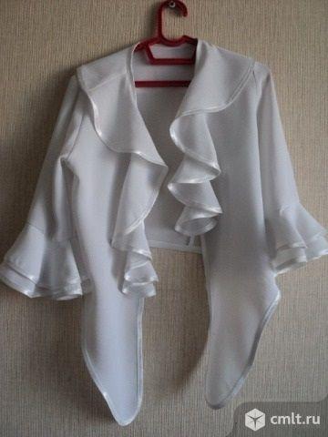Блузка белая праздничная. Фото 1.
