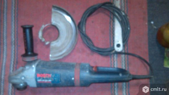 Отрезная угошлифовальная машина BOSCH GWS 24-230 JBV. Фото 1.