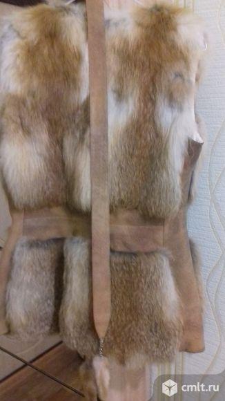 Продам жилет из меха лисы. Фото 1.