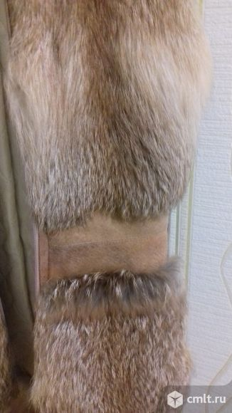 Продам жилет из меха лисы