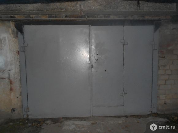 Кулибина ул., Чайка ГСК: капитальный гараж, 24 кв.м, яма. Фото 1.