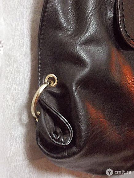 Стильная новая кожаная сумка. Фото 5.