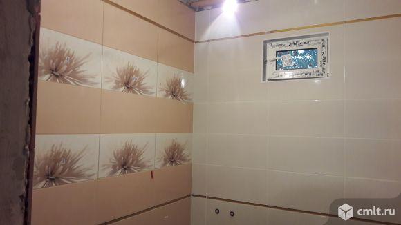 выкладка плиткой стен.