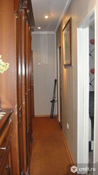 Шкаф в прихожку 2.48х0.6х2.3 метра