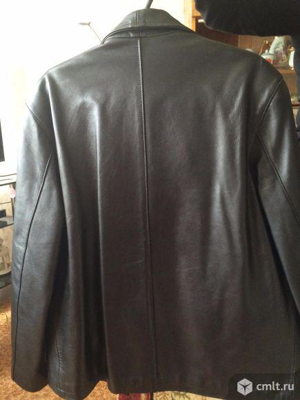 Продам кожаную мужскую куртку. Фото 2.