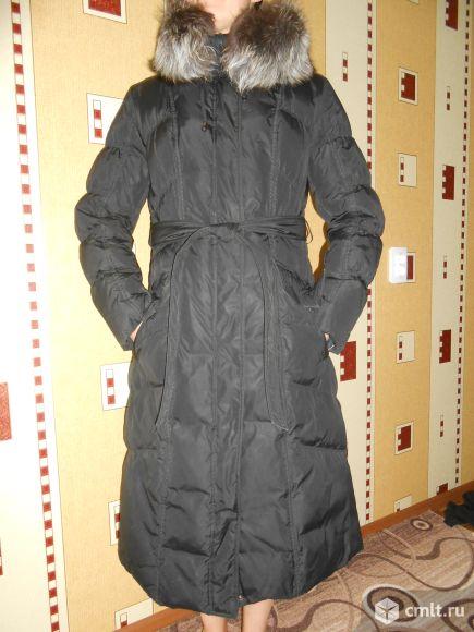 Тёплое зимнее пальто с капюшоном