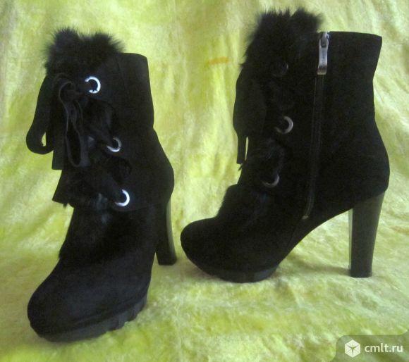 П/сапожки,зима -замша.черные,размер -37,каблук -10 см.. Фото 1.