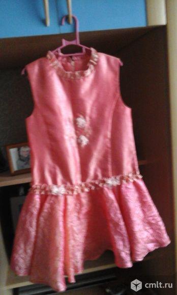 Праздничное платье на 4-5 л