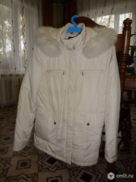 Продаю женскую куртку б/у в хорошем сотоянии