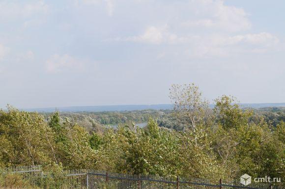 Вид с угла участка на реку