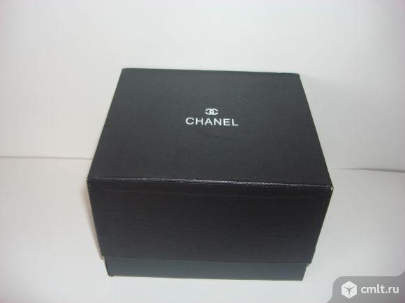 Продаю стильную фирменную шкатулку для часов Chanel.. Фото 5.