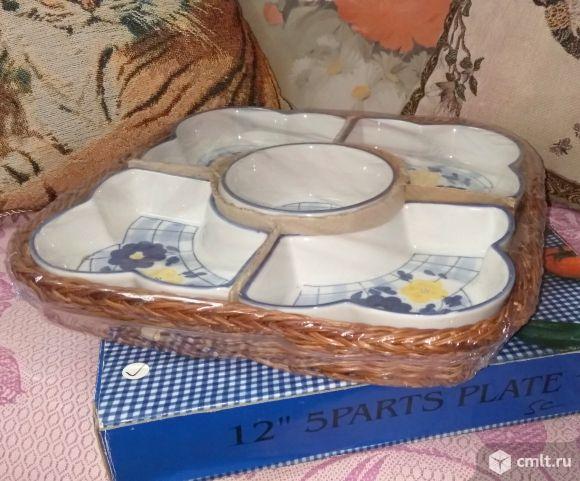 Набор салатников в плетеной корзине
