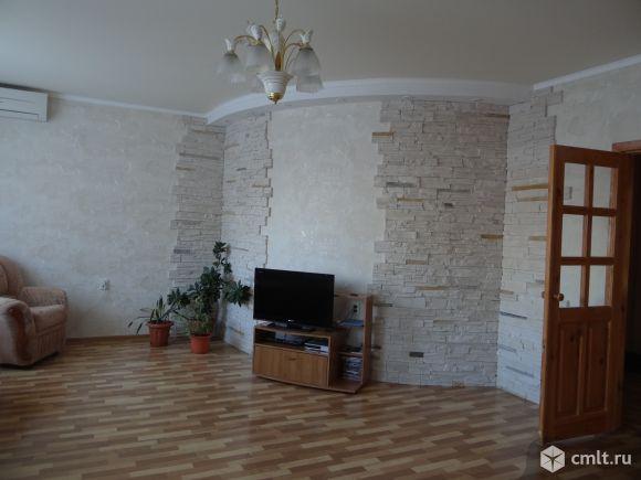 4-комнатная квартира 135 кв.м. Фото 1.
