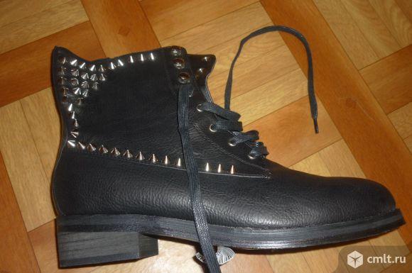 Ботинки осенние женские ,черные,41 размер. Фото 1.