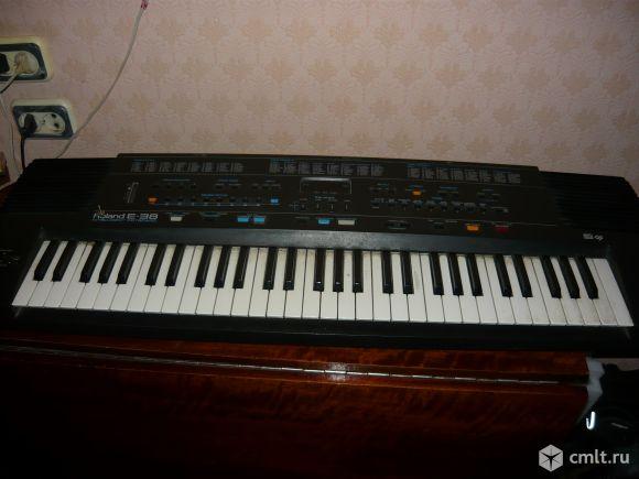 Синтезатор Roland  E-38